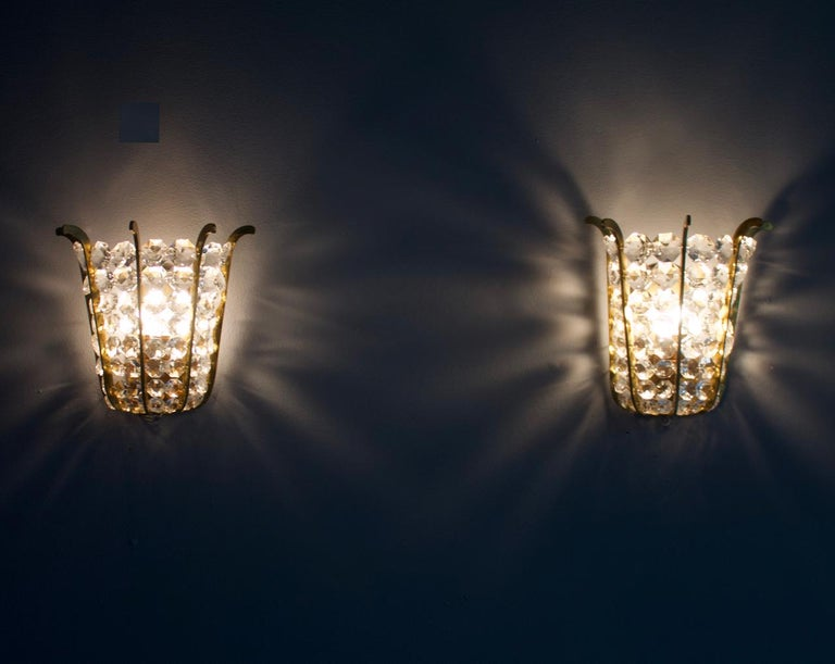 Pair of Bakalowits Wall Lights in Brass and Crystal Glass, Austria, 1950s For Sale 4