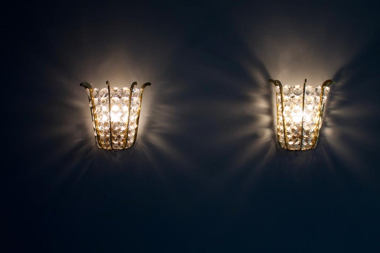 Pair of Bakalowits Wall Lights in Brass and Crystal Glass, Austria, 1950s For Sale 5