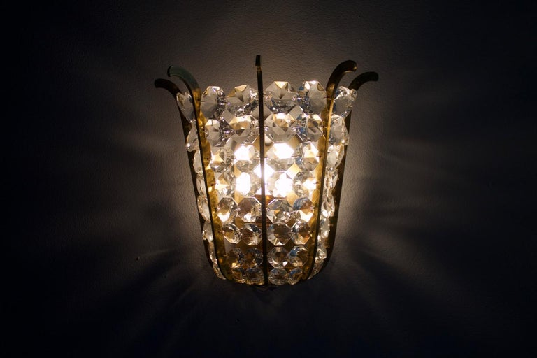 Pair of Bakalowits Wall Lights in Brass and Crystal Glass, Austria, 1950s For Sale 6