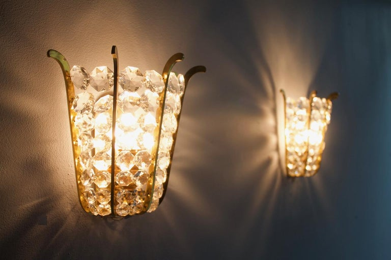 Pair of Bakalowits Wall Lights in Brass and Crystal Glass, Austria, 1950s For Sale 8