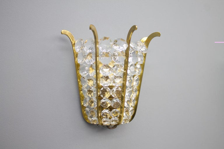 Mid-Century Modern Pair of Bakalowits Wall Lights in Brass and Crystal Glass, Austria, 1950s For Sale