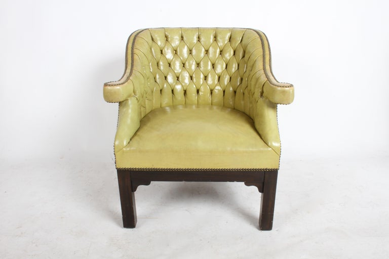 Mid-Century Modern Pair of Baker Mid-Century Leather Tufted Lounge Chairs For Sale