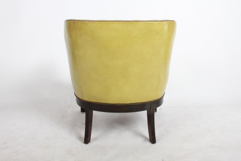 Mid-20th Century Pair of Baker Mid-Century Leather Tufted Lounge Chairs For Sale