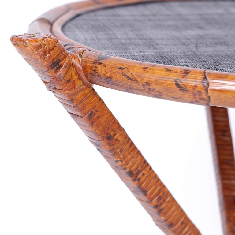 20th Century Pair of Bamboo & Grasscloth Round End Tables For Sale