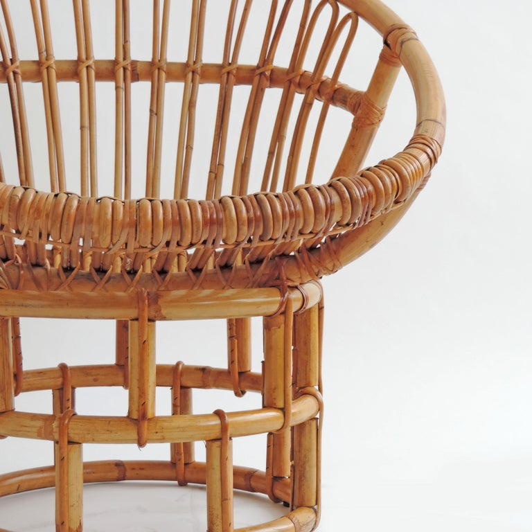Mid-Century Modern Pair of Bamboo Lounge Chairs, Italy, 1960s For Sale