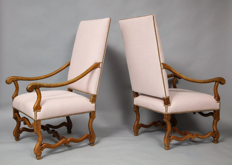 Pair of Baroque Armchairs For Sale 4