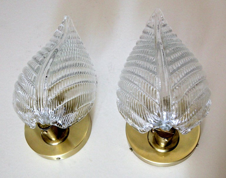 Pair of Barovier Murano Italian Clear Glass Leaf Wall Sconces For Sale 3