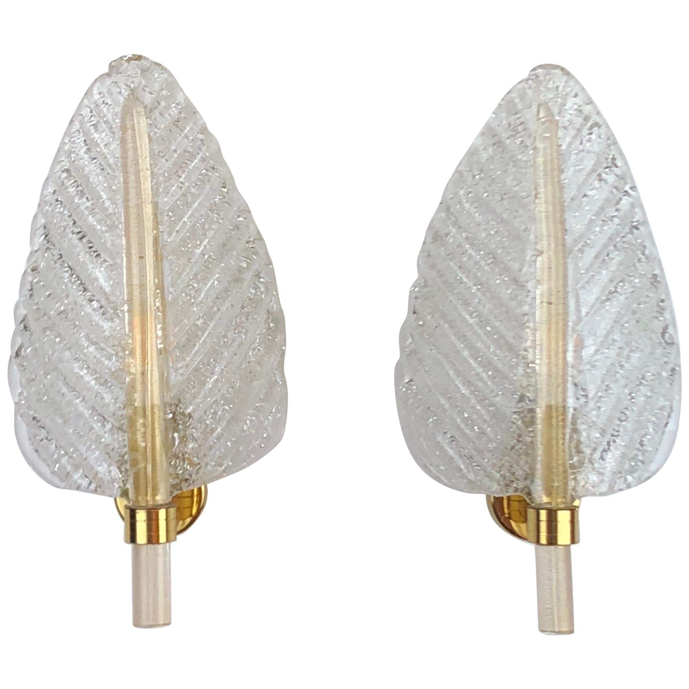 Pair of Barovier e Toso Leaf Murano Glass Wall Sconces, circa 1960s