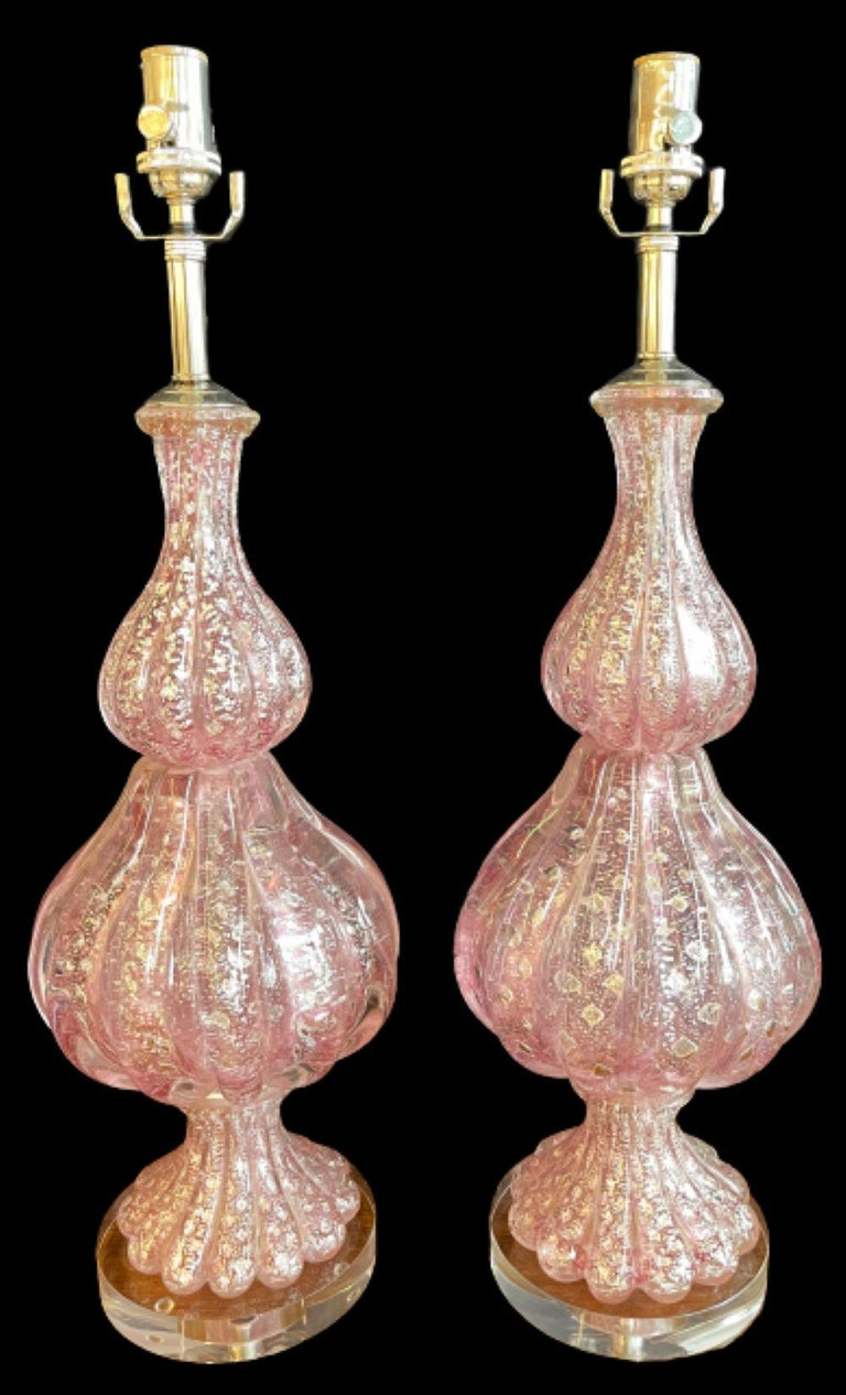 Italian Barovier & Toso Murano table lamps. A fine pair of bulbous pink and silver murano glass lamps on a lucite base.