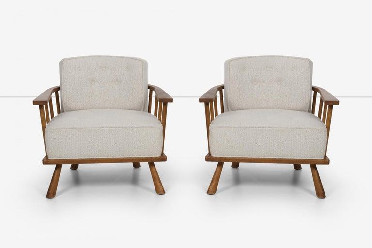 Mid-Century Modern Pair of Barrel Back Lounge Chairs by Robsjohn-Gibbings