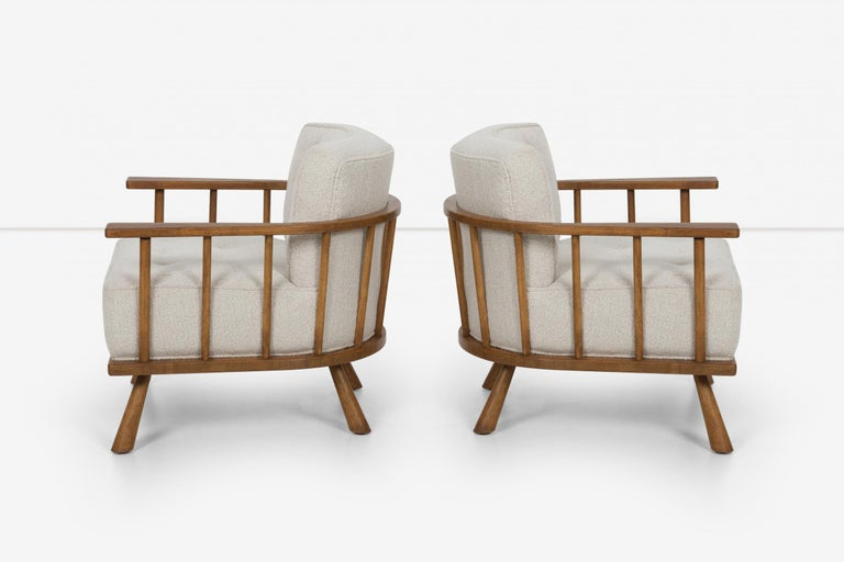 Pair of Barrel Back Lounge Chairs by Robsjohn-Gibbings In Good Condition In Chicago, IL