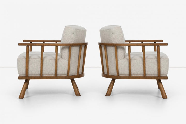 Mid-20th Century Pair of Barrel Back Lounge Chairs by Robsjohn-Gibbings