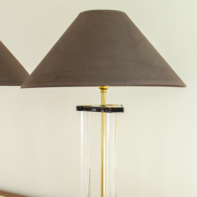 Mid-Century Modern Pair of Bauer Designed Lucite and Brass Lamps, 1980s For Sale
