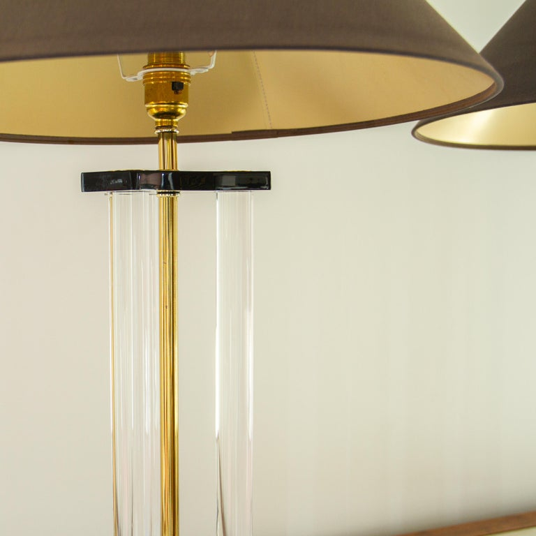 Pair of Bauer Designed Lucite and Brass Lamps, 1980s In Good Condition For Sale In Donhead St Mary, Wiltshire