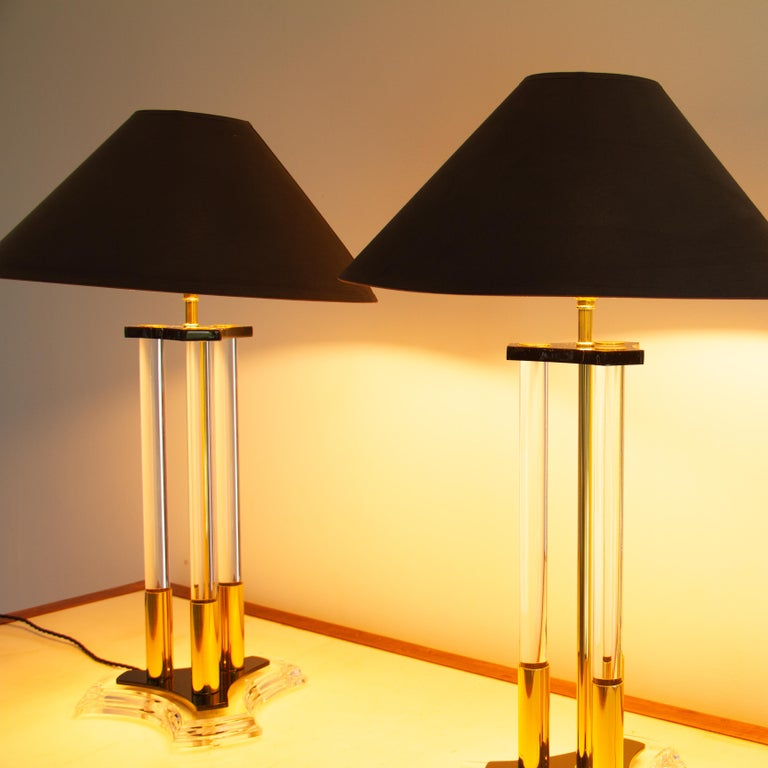 Pair of Bauer Designed Lucite and Brass Lamps, 1980s For Sale 2