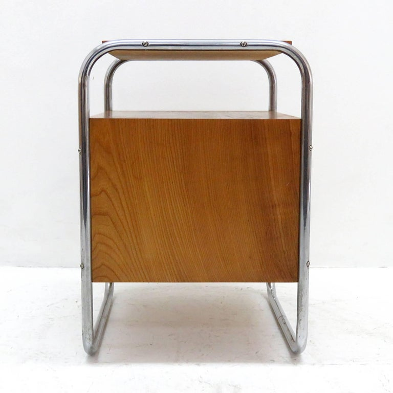 Mid-20th Century Pair of Bauhaus Nightstands For Sale