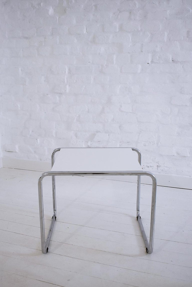 Italian Pair of Bauhaus Tubular Side Tables after Marcel Breuer, Italy, 1990 For Sale