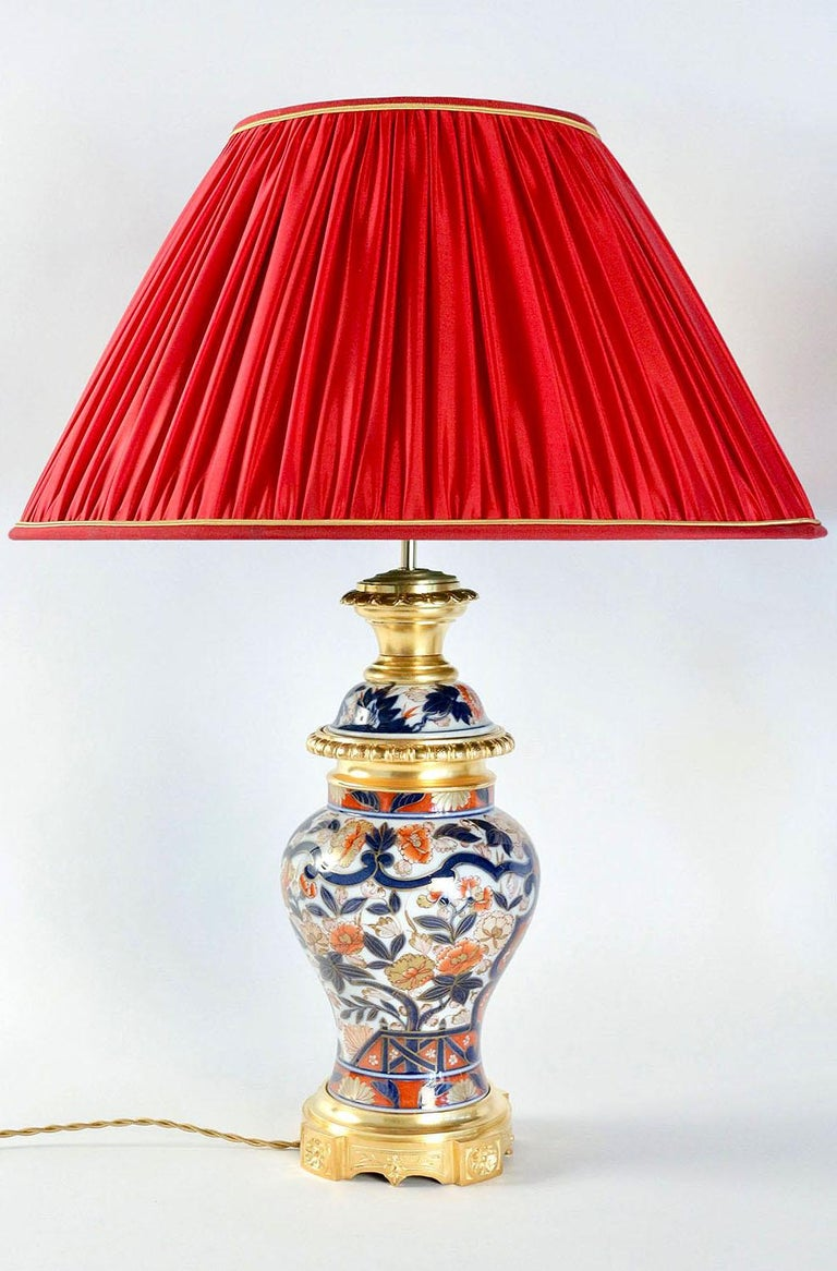 Chinoiserie Pair of Bayeux Porcelain Lamps, Imari Decor, 19th Century For Sale