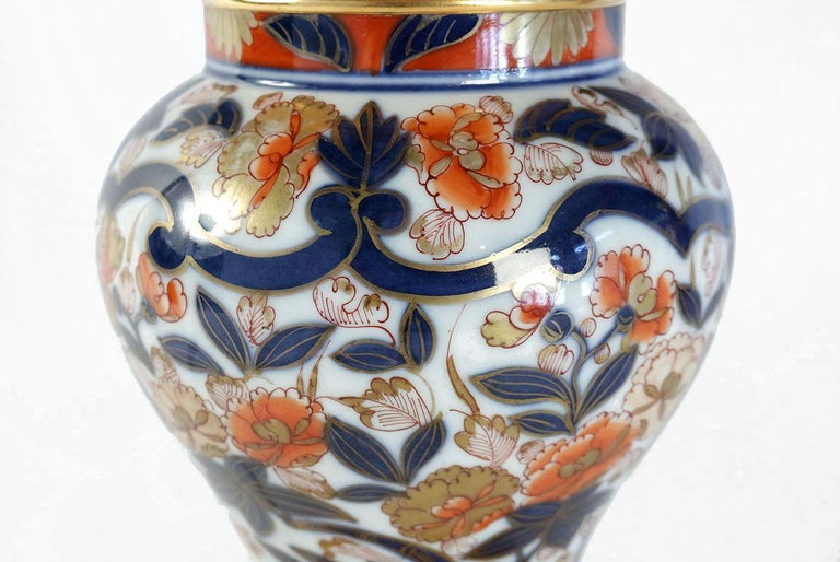 Pair of Bayeux Porcelain Lamps, Imari Decor, 19th Century In Good Condition For Sale In Saint-Ouen, FR