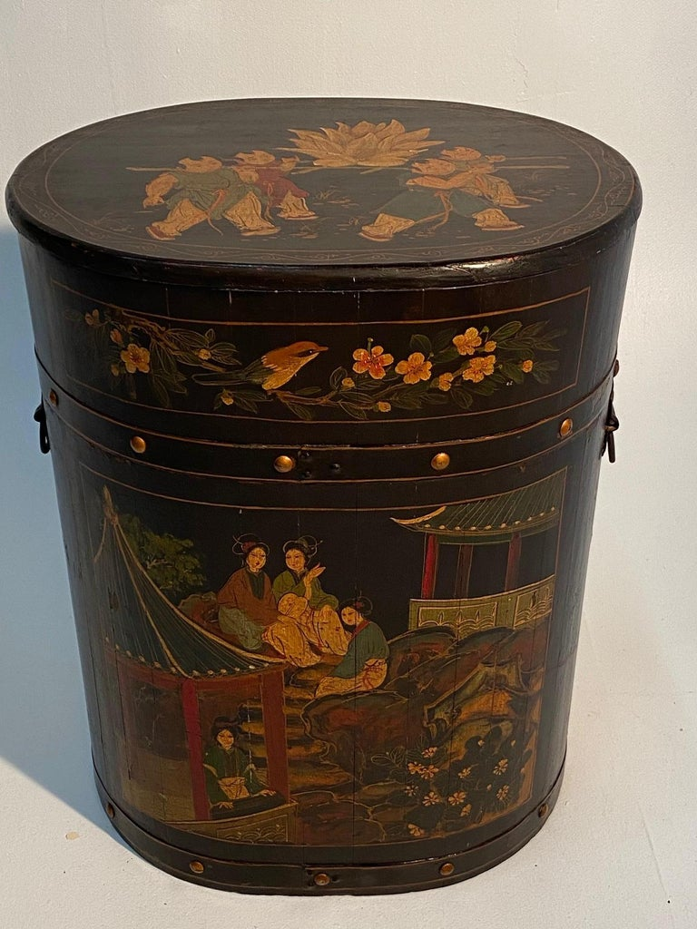 Pair of Beautiful Chinese Painted End Table Nightstands with Storage For Sale 6