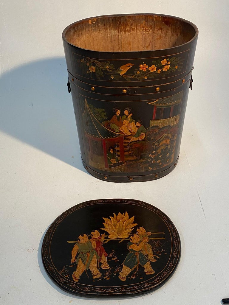 Pair of Beautiful Chinese Painted End Table Nightstands with Storage For Sale 9