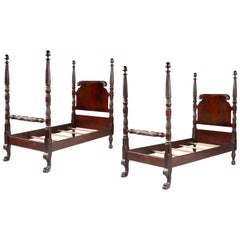 Pair of Beds, 19th Century, American Colonial-Style, Mahogany, 'Antiquarian'