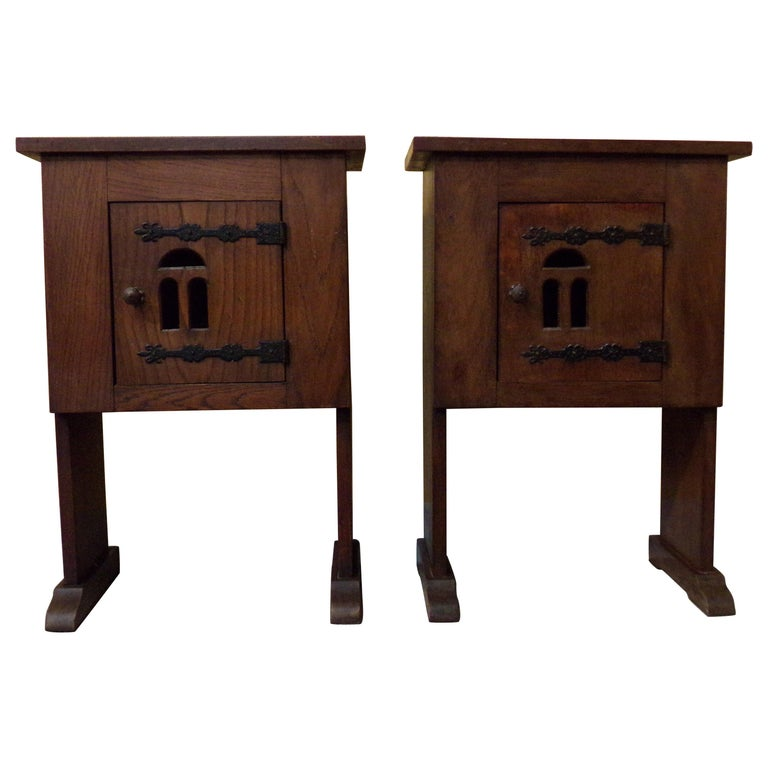 Pair of Bedside or End Table Cabinets in 15th Century Aumbry Style For Sale