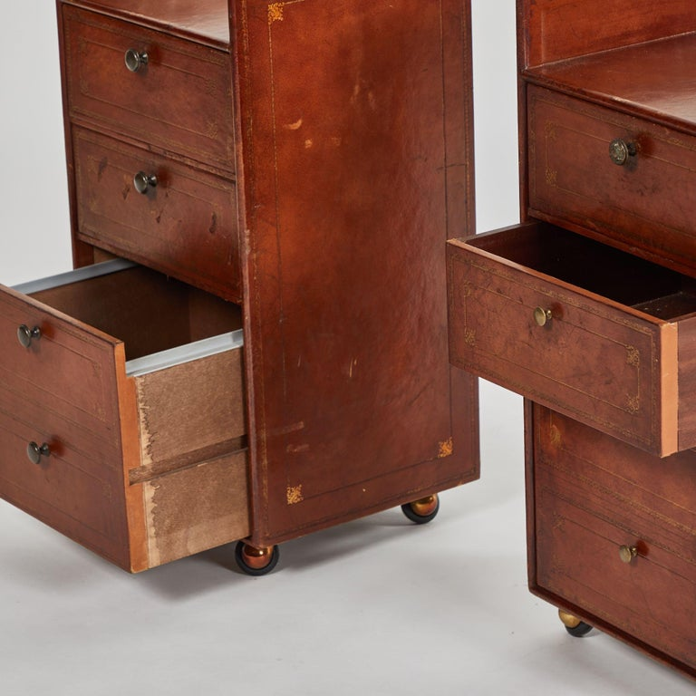 Edwardian Pair of Bedside Tables in Leather For Sale
