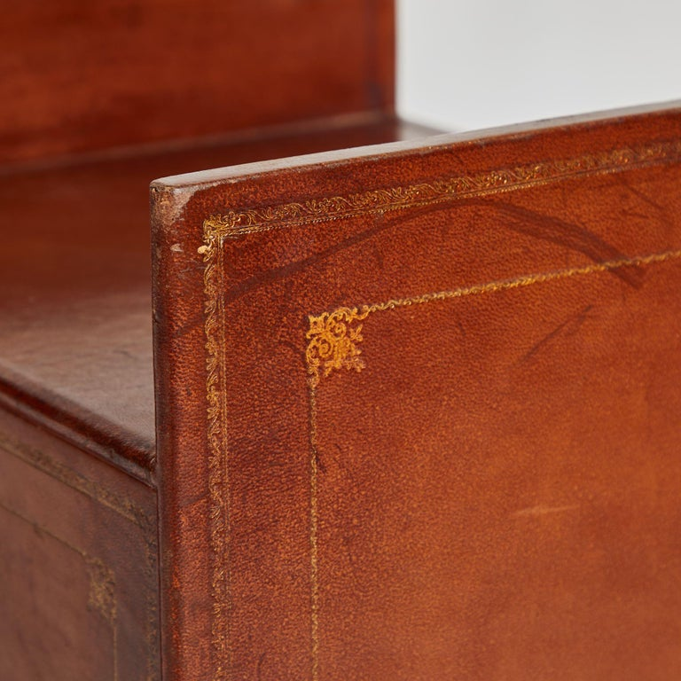 French Pair of Bedside Tables in Leather For Sale