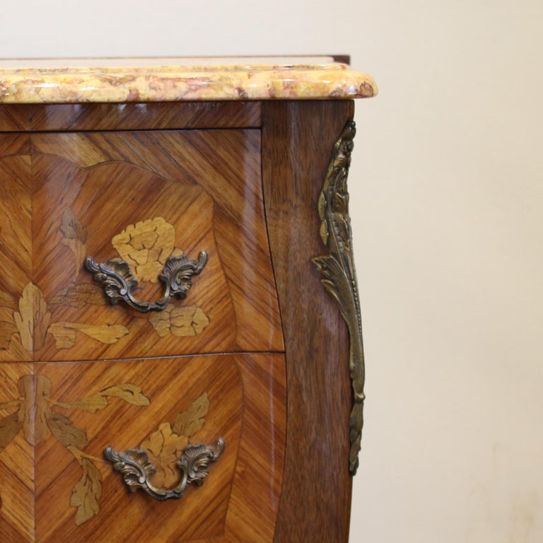 20th Century Pair of Bedside Tables PBT5 For Sale