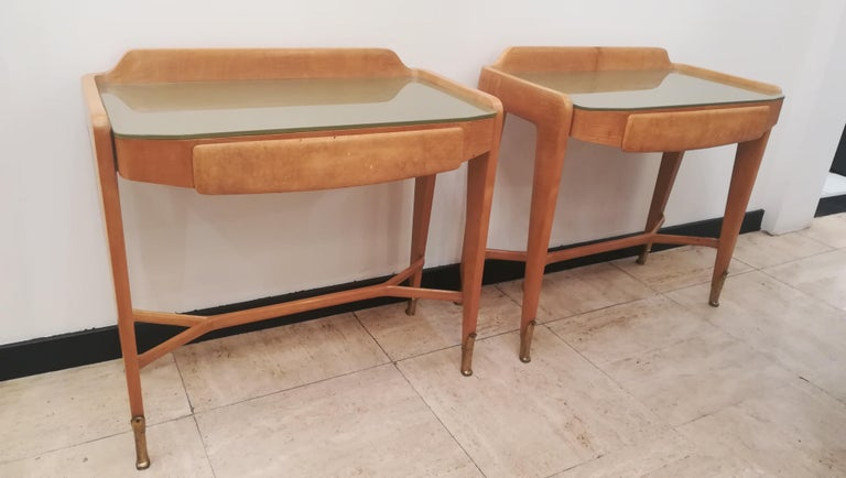 Pair of Bedsides or End Tables in Wood, circa 1950 In Excellent Condition For Sale In Saint-Ouen, FR