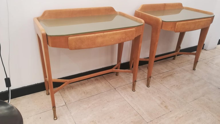 Mid-20th Century Pair of Bedsides or End Tables in Wood, circa 1950 For Sale