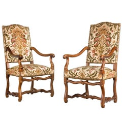 Pair of Beechwood 17th Century Design Armchairs
