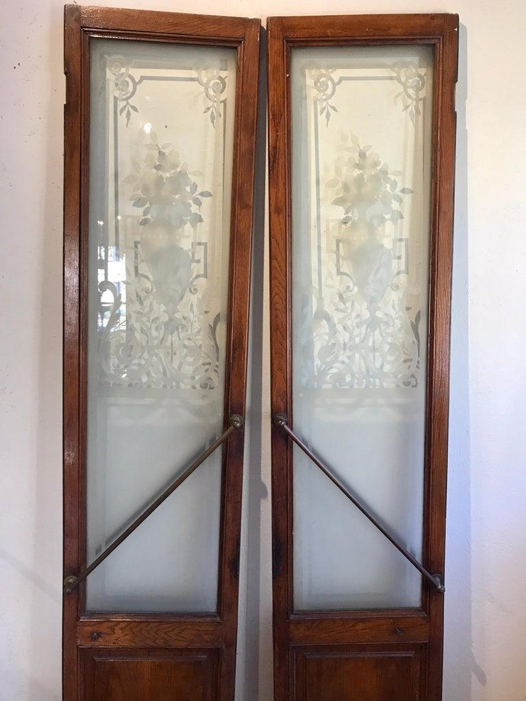 Pair of Belle Époque French Acid Etched Bistro Doors & Transom, Paris For Sale 4