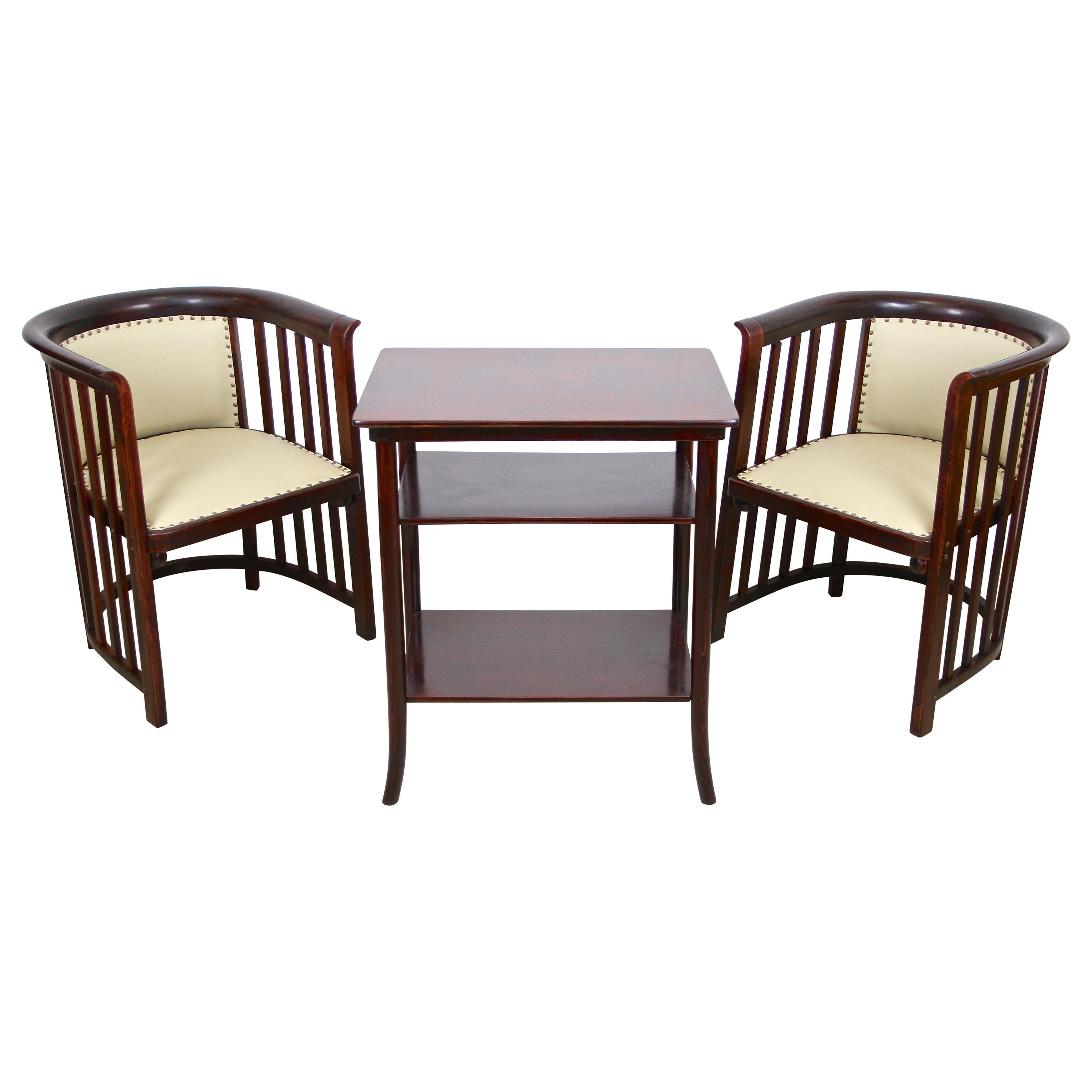 Pair of Bentwood Armchairs by J. Hoffmann and Thonet Table, Austria, circa 1905