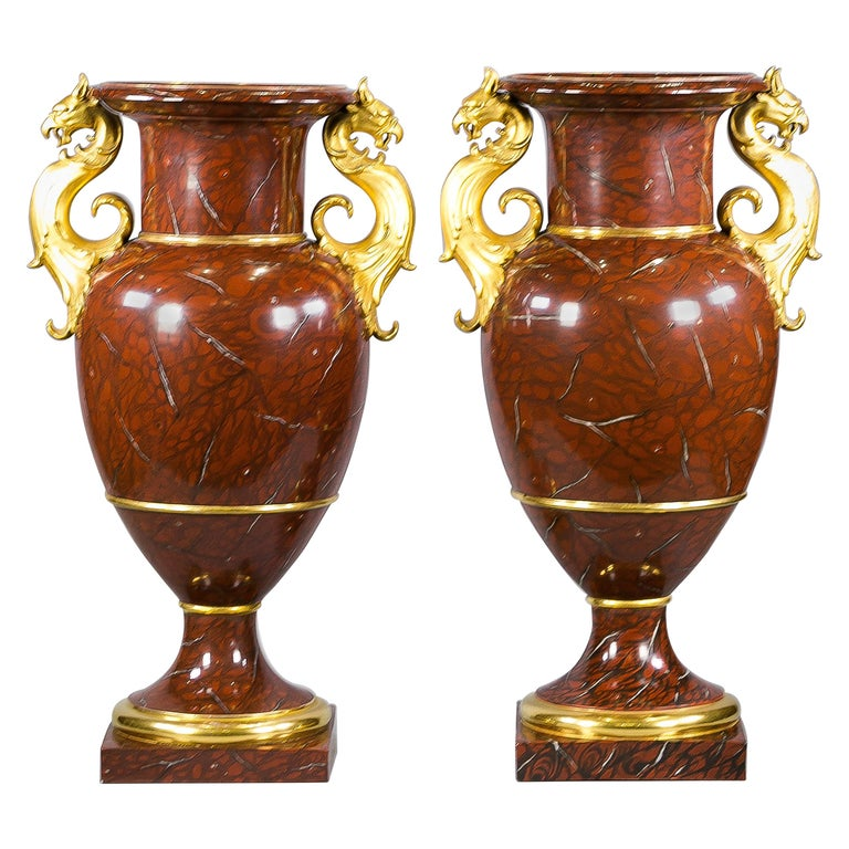Pair of Berlin Porcelain Faux Marble and Gilt Urns, circa 1825 For Sale