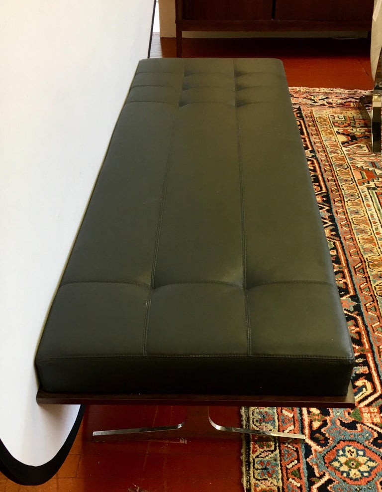 Pair of Bernhardt Black Leather & Mahogany Chaise Lounge Settees Lounger Daybeds For Sale 2