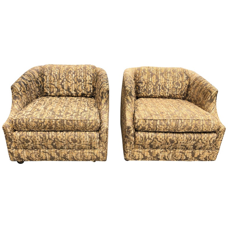 "Pair of Bernhardt ""Flair"" Club Chairs For Sale"
