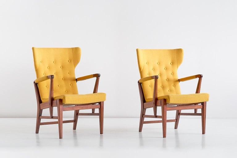 Pair of Bertil Söderberg Armchairs in Mahogany for Nordiska Kompaniet, 1940s For Sale 9