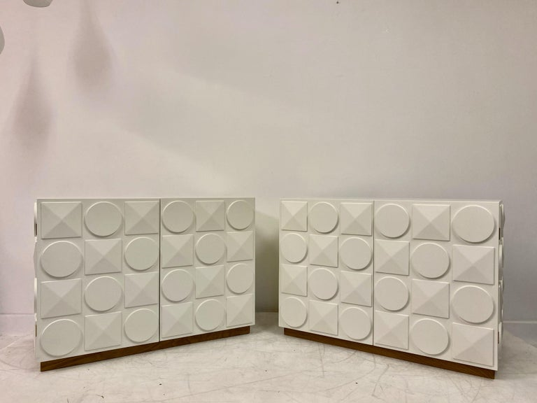 Laminated Pair of Italian White Postmodern Style Cabinets For Sale