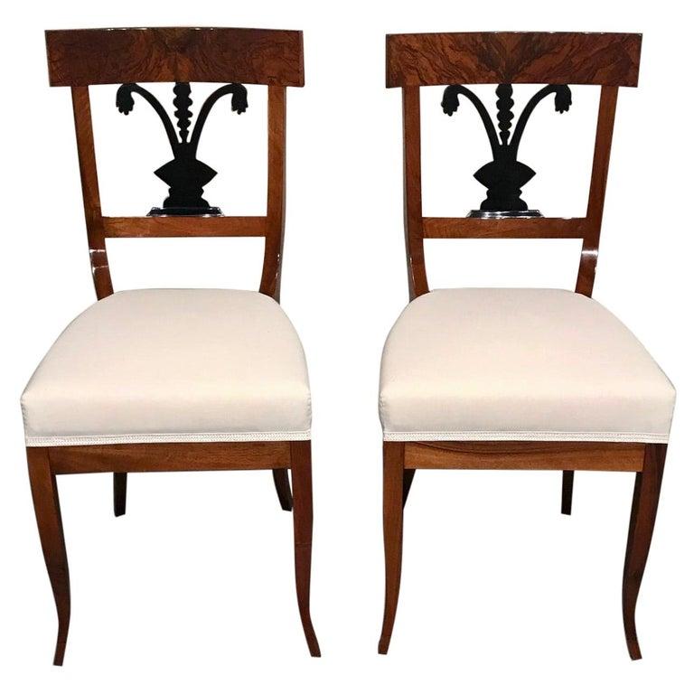 Pair of Biedermeier Chairs, South German 1820, Walnut For Sale
