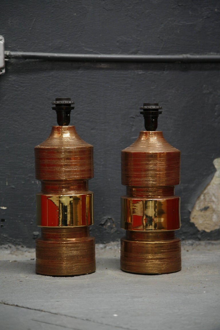 Mid-Century Modern Pair of Bitossi/Bergboms Lamps Copper and Gold For Sale