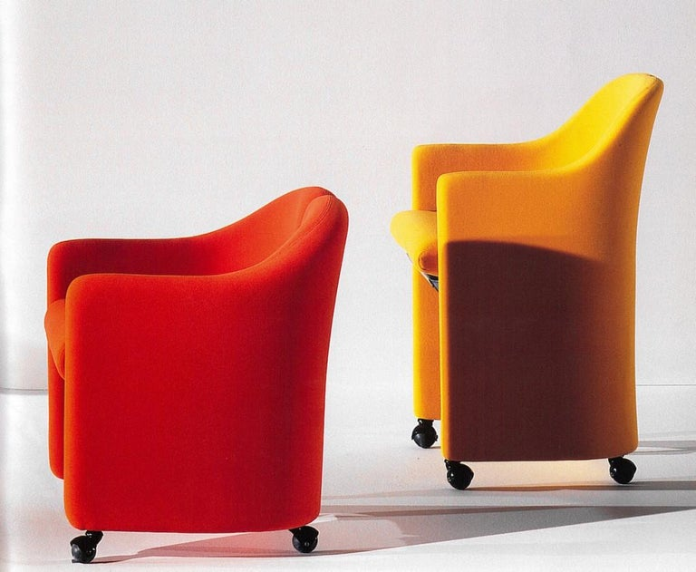 Pair of Black Alcantara PS142 armchairs by Eugenio Gerli For Tecno, 1970 For Sale 3