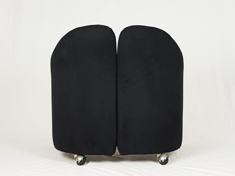 Italian Pair of Black Alcantara PS142 armchairs by Eugenio Gerli For Tecno, 1970 For Sale