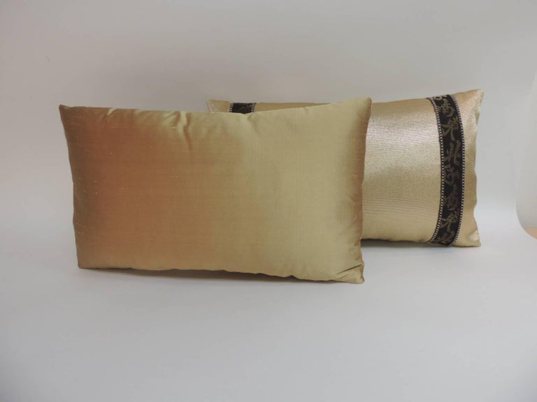 Japanese Pair of Black and Gold Obi Silk Lumbar Vintage Decorative Pillows For Sale