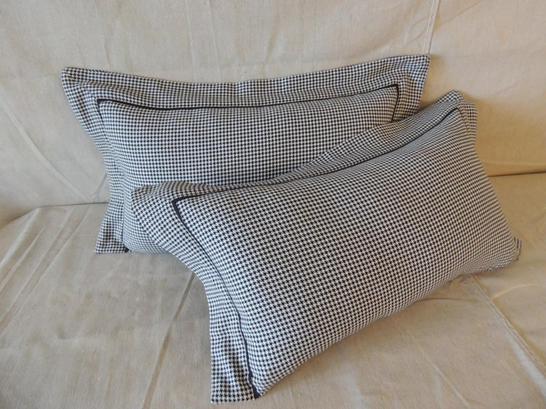 Cotton Pair of Black and White Houndstooth Pattern Modern Lumbar Decorative Pillows For Sale