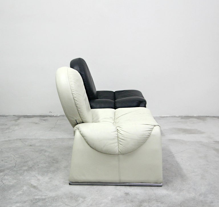 Pair of Black and White Leather Vintage Italian Lounge Chairs 2