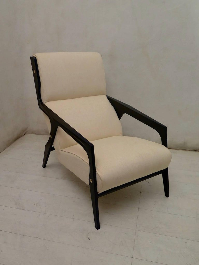Italian Pair of Black and White Midcentury Armchairs For Sale