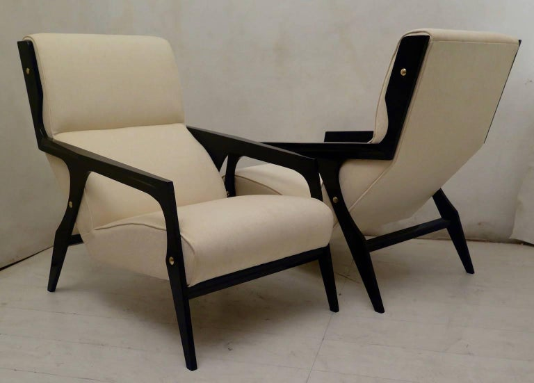 Pair of Black and White Midcentury Armchairs For Sale 2
