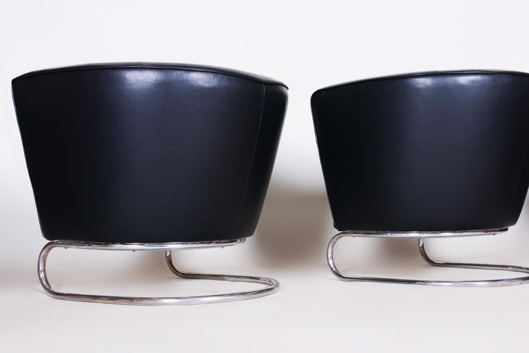 Pair of Black Art Deco Armchairs from Czechoslovakia by Jindrich Halabala, 1930s For Sale 5